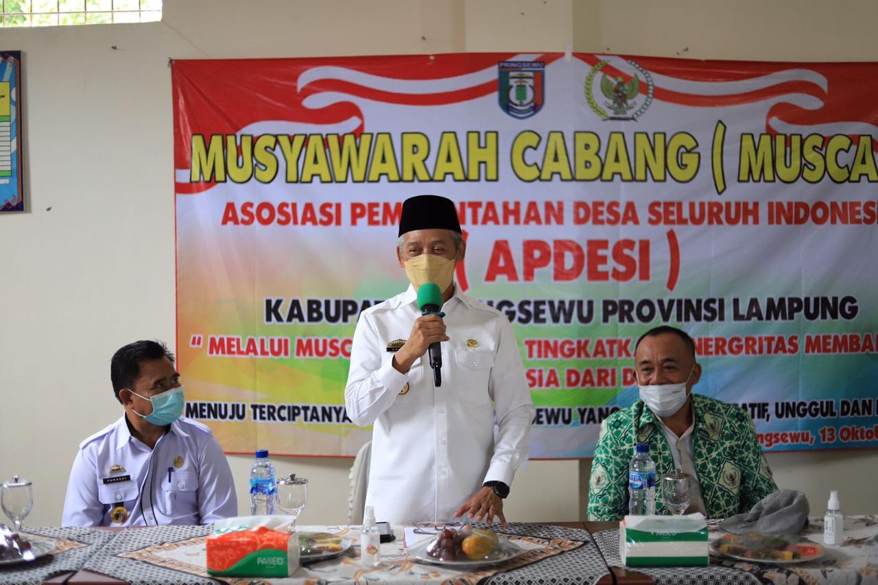 Bupati Pringsewu Membuka MUSCAB DPC APDESI Ke-3 Periode 2021-2026